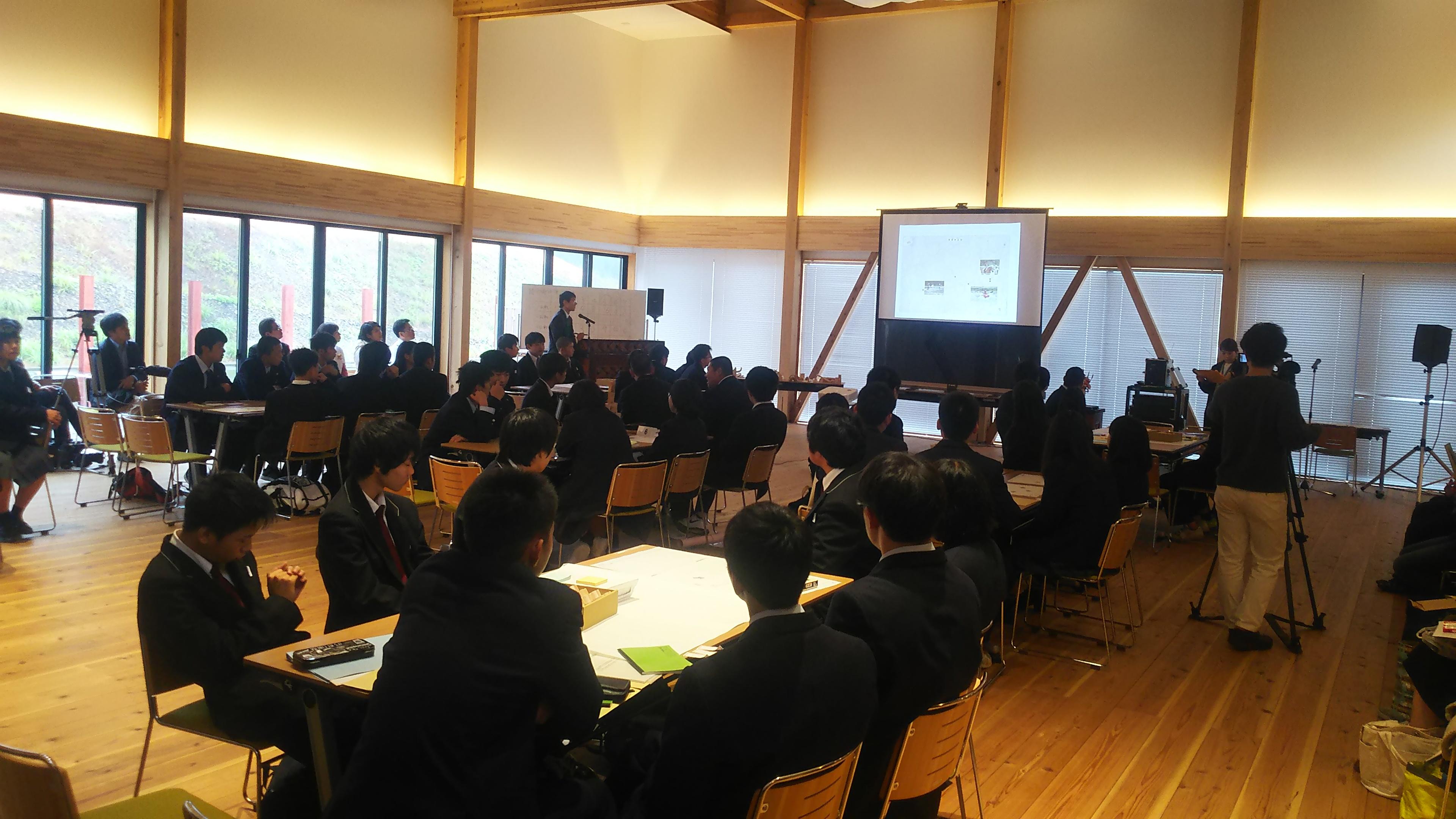 那賀高校森林クリエイト課も大活躍の那賀町木育円卓会議に参加しました!