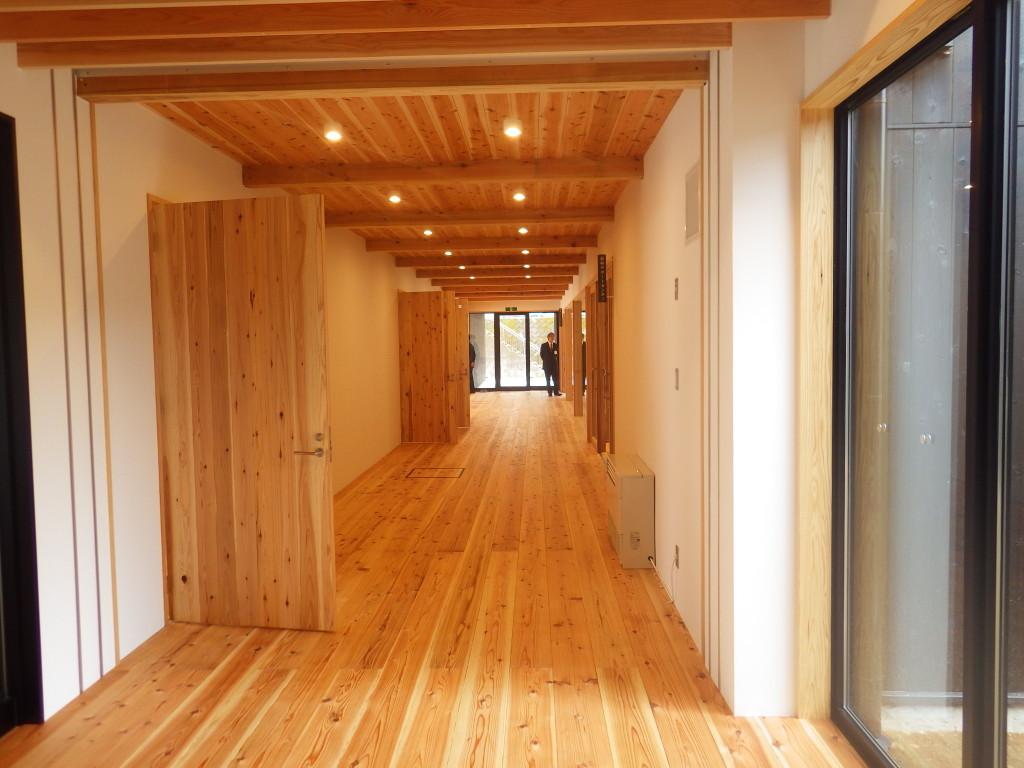 木に囲まれた空間 那賀町林業ビジネスセンター